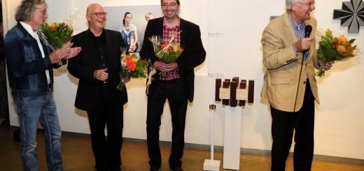 Winnaars kunstprijs La Lecq 2013. Vlnr Ernst Klip (publieksprijs), Jaap van den Berg (professionals) en Olaf de Bruijn (amateurprijs).