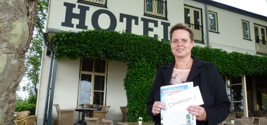 Prijswinnares Ingrid Stigter van de woordzoeker uit het Zilverstad Magazine voor Hotel-Restaurant Belvédère.