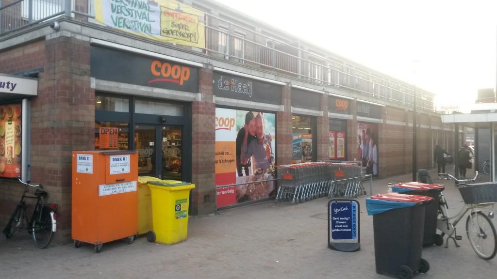 De Coop-supemarkt in Lekkerkerk. (Foto: Martijn Kuiler)