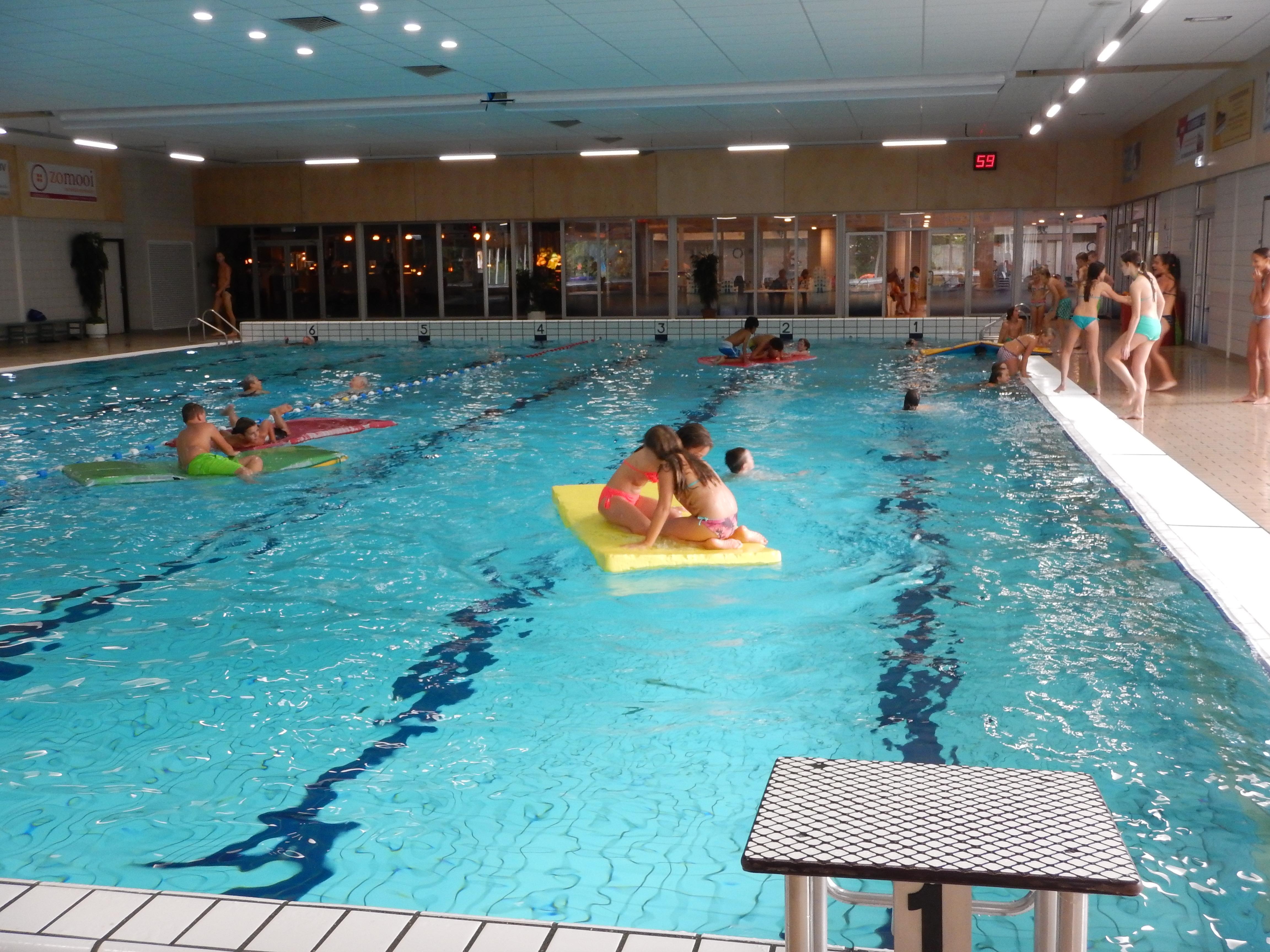 Zwembad De Lansingh.Zwemmen In De Voorjaarsvakantie Rtv Krimpenerwaard
