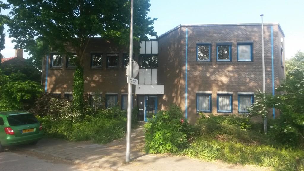 Het voormailige K5-hoofdkantoor aan de Koninginneweg in Lekkerkerk.