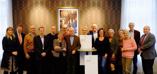 Bestuursleden en initiatiefnemers Stichting Urgente Noden Krimpenerwaard. (Foto: Twitter/Soraya de Graaff)