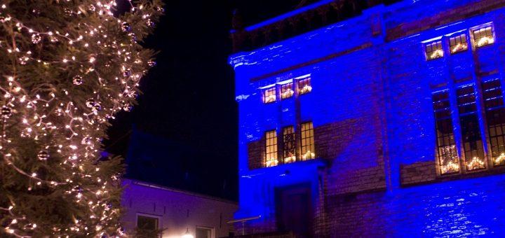 Tijdens een feestelijk kerstevenement met kinderprogramma wordt op vrijdag 16 december de stadskerstboom van Schoonhoven ontstoken. (Foto: Rob Glastra Fotografie)