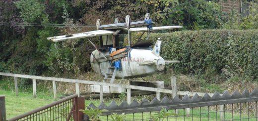 vliegtuig_de_pelikaan_in_speeltuin_de_kleine_betuwe_in_haastrecht