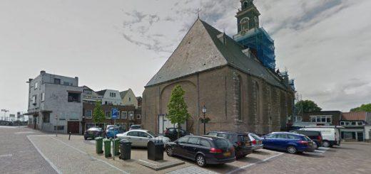 Het Kerkplein in Lekkerkerk. (Foto: Google Streetview)