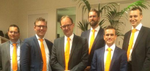 Vlnr: Paul Schultink, Marco Oosterwijk, Bert-Jan Ruissen, Hugo van der Wal, Arrèn van Tienhoven en Adriaan van Beek.