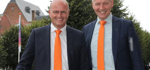 Pieter Neven (links) samen met lijsttrekker Jan Willem van der Ham van de SGP.