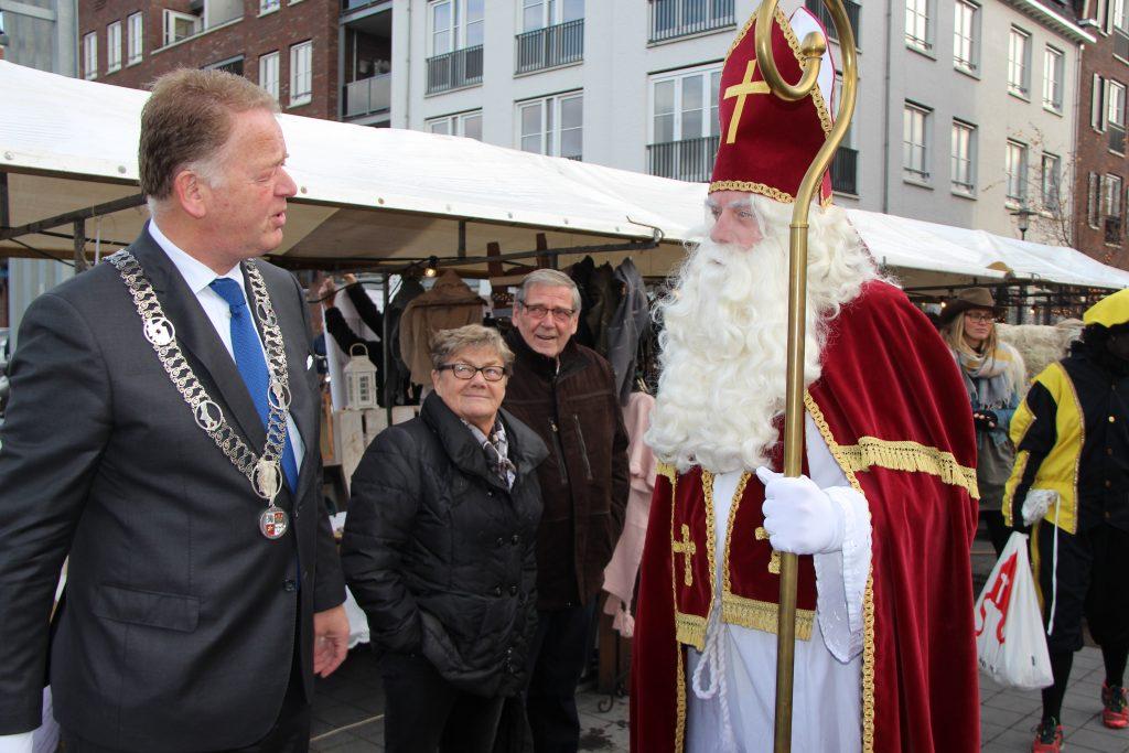 Sinterklaasmarkt 25-11-2017 031