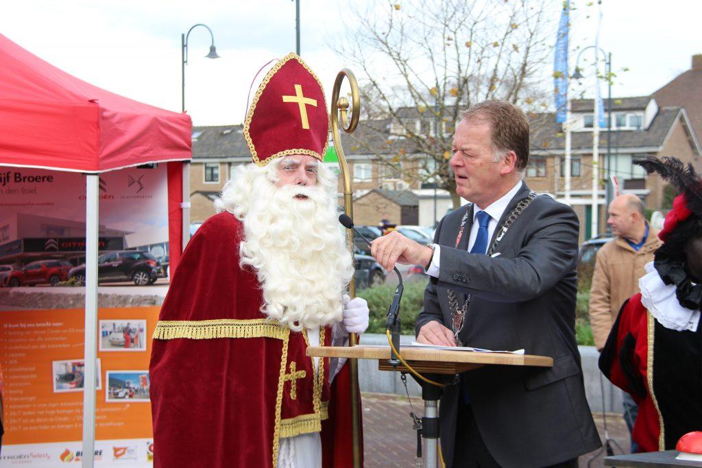 Sinterklaasmarkt 25-11-2017 074