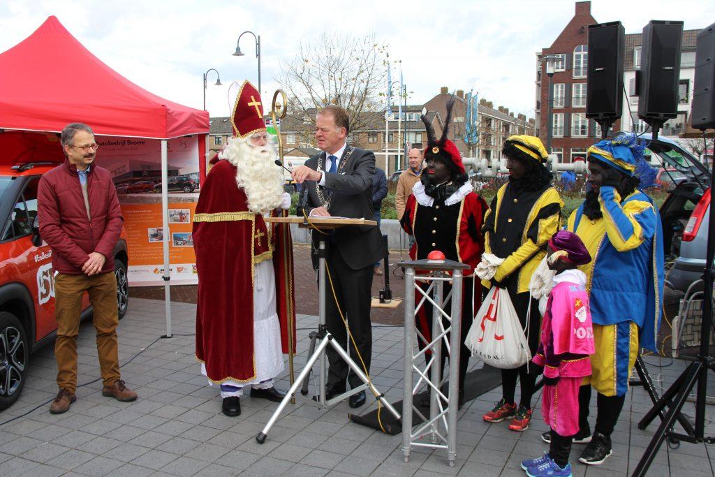 Sinterklaasmarkt 25-11-2017 076
