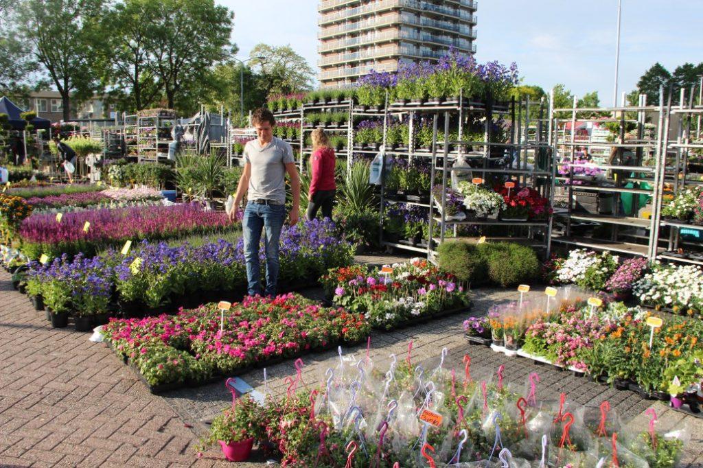 Bloemetjesmarkt Krimpen 21-05-2018 037