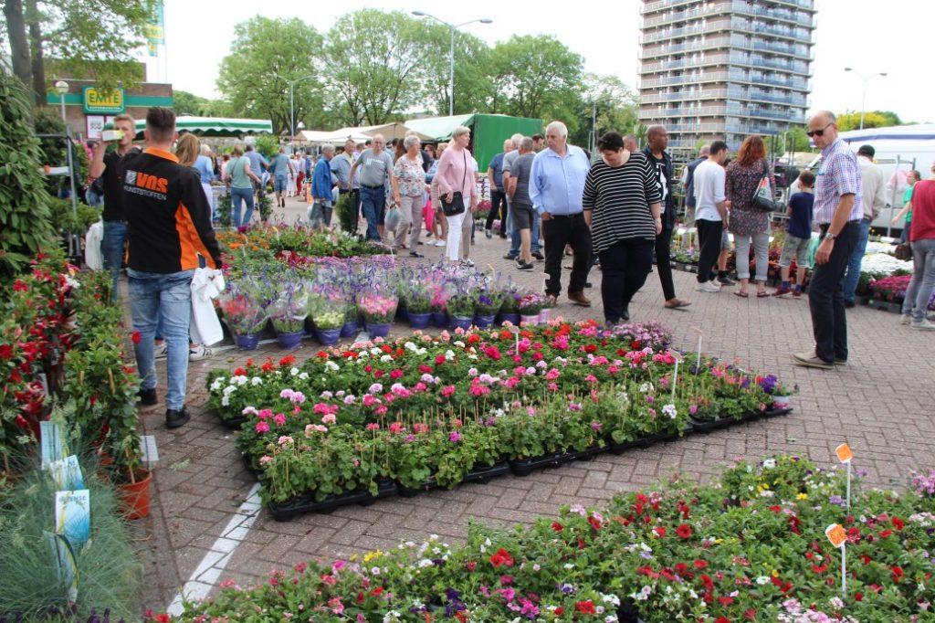 Bloemetjesmarkt Krimpen 21-05-2018 237