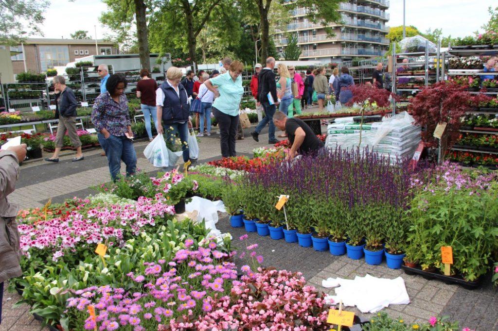 Bloemetjesmarkt Krimpen 21-05-2018 271
