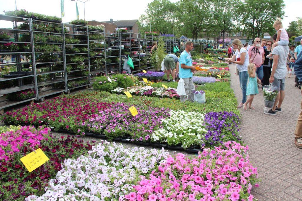 Bloemetjesmarkt Krimpen 21-05-2018 291