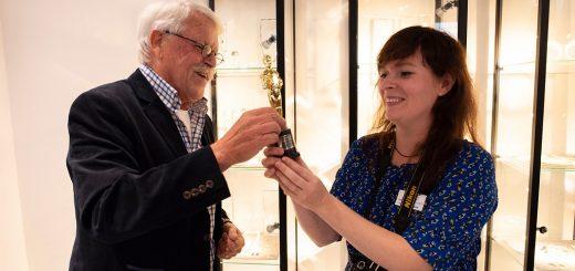 Uitreiking van de Oscar aan Anne Middelkoop-Herens