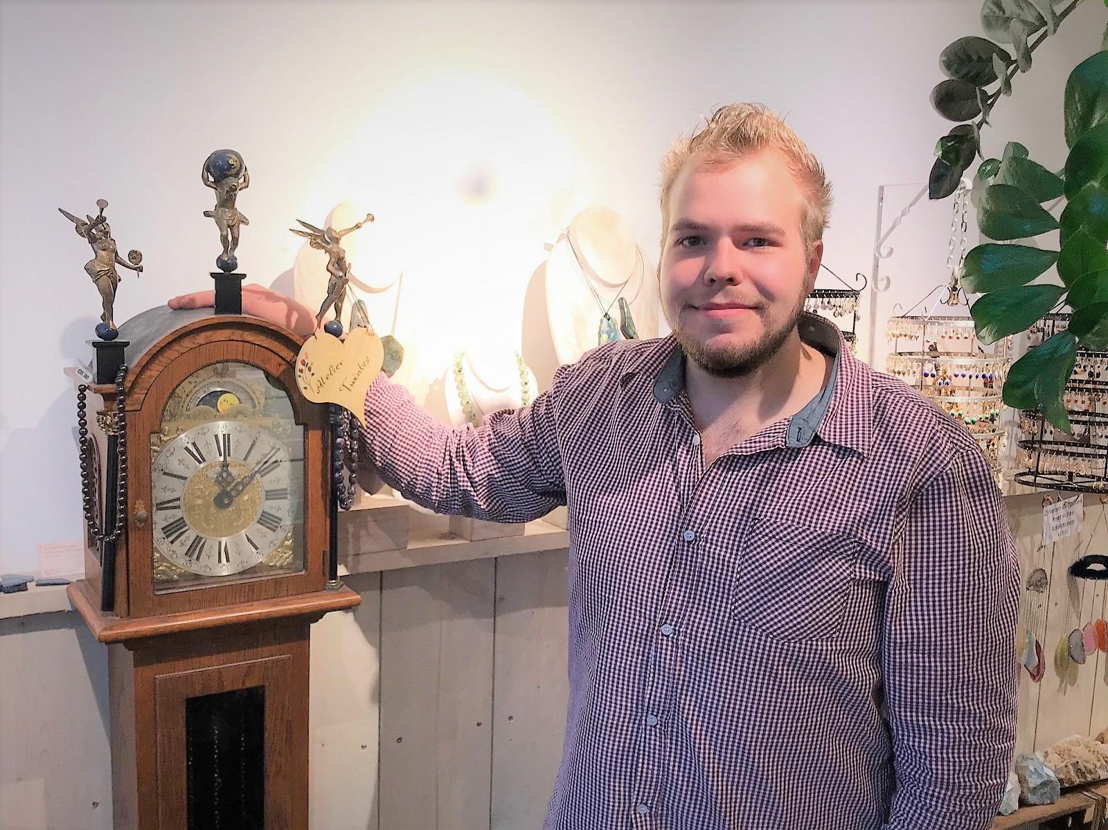 Klokkenmaker Yordi Bok