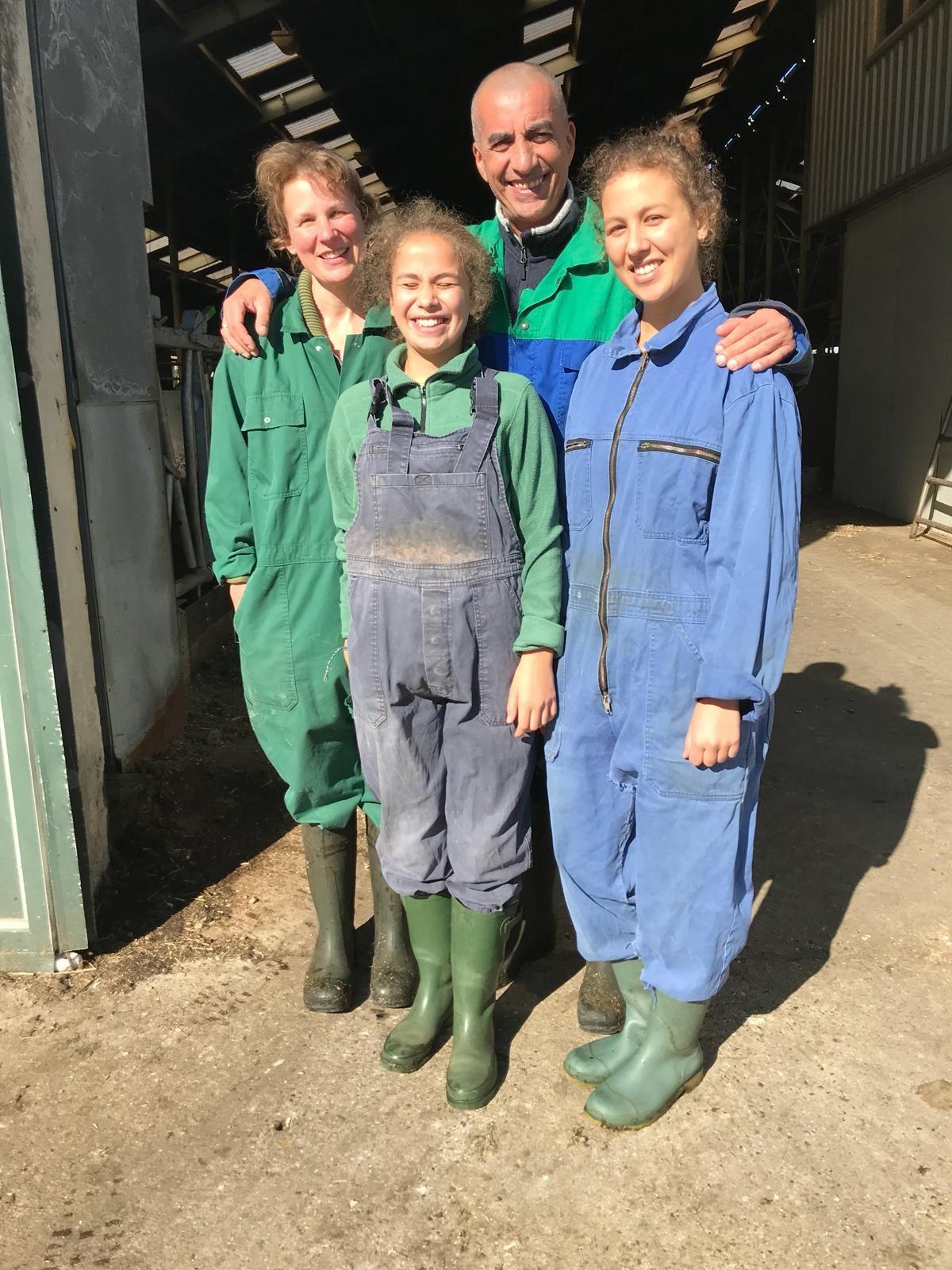 De familie uit Rotterdam die een week gebivakkeerd hebben op de kaasboerderij