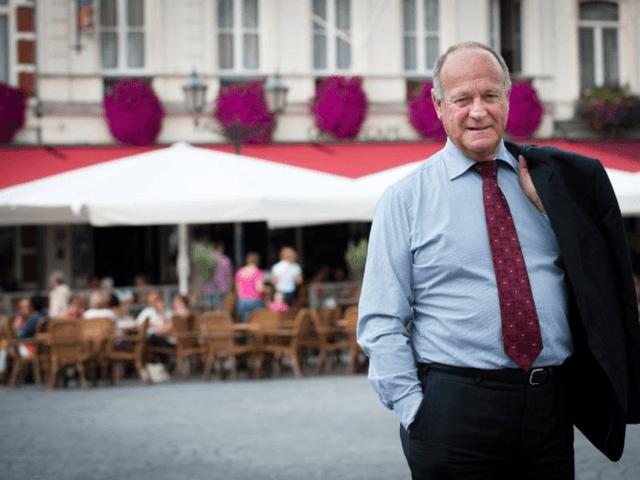 Oud-burgemeester Dick de Cloe is de nieuwe voorzitter van Schoonhoven Partners, dat als voortzetting van Citymanagement als doelstelling heeft het economisch versterken van Schoonhoven als Creatieve Zilverstad aan de Lek voor inwoners, bezoekers, ondernemers en talent.