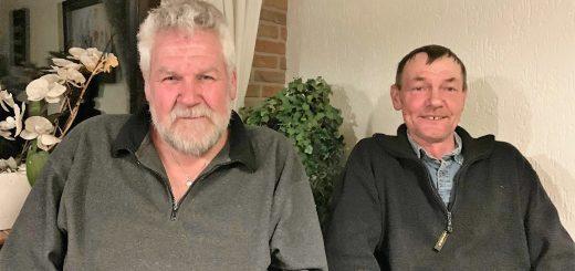 Jan Noorlandt (l) en Arie Zwijnenburg van het bouwteam 'De Bron'