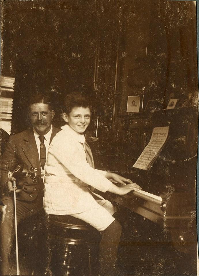 Vader Jacob en Benno van Klaveren rond 1925